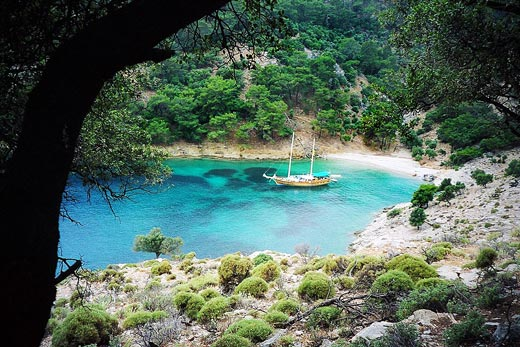 Coves-Fethiye-to-Olympos-blue-cruise